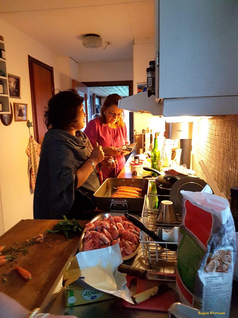 Tjejeerna i köket