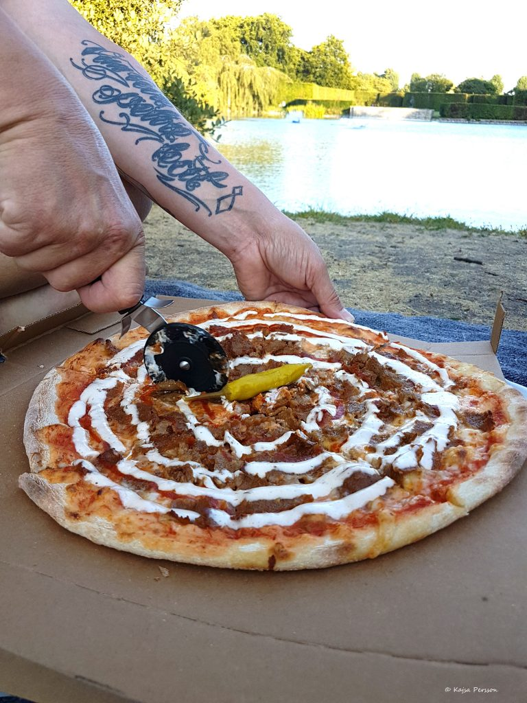 Pizza picknick i parken
